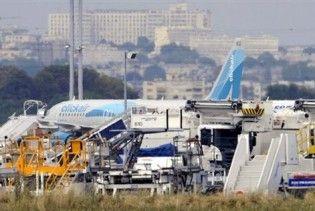 В Парижі загорівся аеробус A320: шестеро людей постраждали