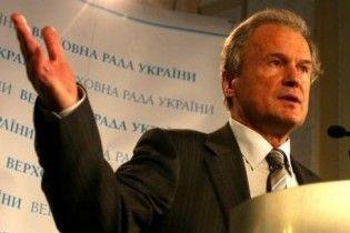 Костенко шантажує Тимошенко виходом з коаліції