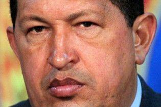 Чавес оголосив війну ворогам в Інтернеті й завів собі особистий окоп