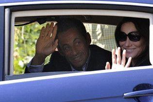 Саркозі і Бруні планують до виборів народити дитину
