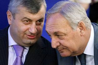 Південна Осетія та Абхазія найняли американських піарників