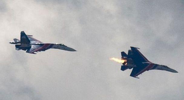 Зіткнення Су-27 в небі над Підмосков'ям