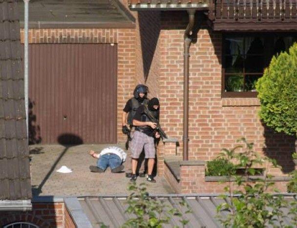 У Німеччині чоловік розстріляв перехожих через своє розлучення