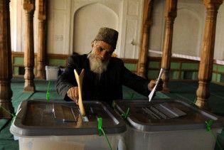 На виборах в Афганістані лідирує Хамід Карзай