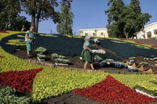 У Києві запрацює квітковий годинник