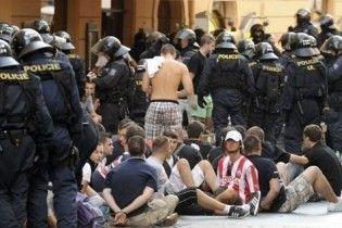 Хорватські поліцейські розігнали футбольних фанатів стріляниною