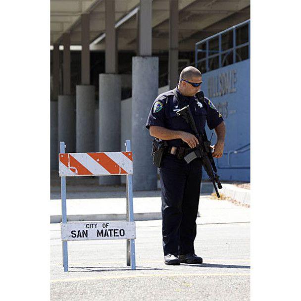 Підліток підірвав бомбу в каліфорнійській школі