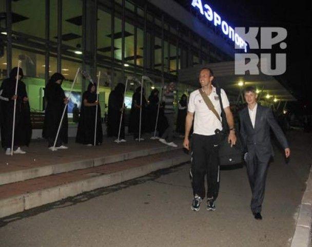 Росіяни зустріли англійських футболістів смертю і могилами