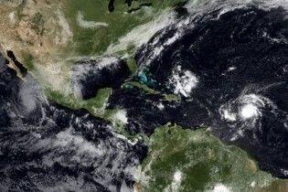 """Ураган """"Хімена"""" максимально посилився та наближається до Мексики"""
