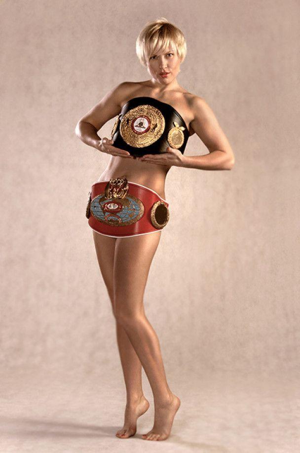 Міс Кувалда визнана найкращою боксеркою світу