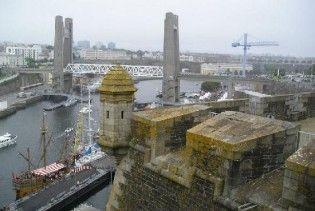 Франція заарештувала корабель з українським екіпажем