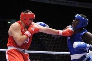 Троє українців вийшли у півфінал чемпіонату світу з боксу