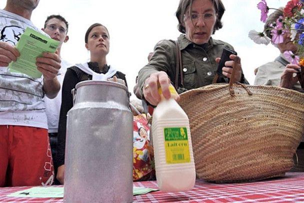 """""""Молочні"""" акції протесту у Франції"""