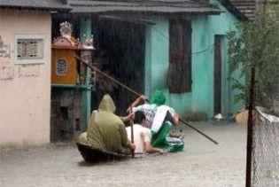 """У В'єтнамі через ураган """"Кетсана"""" загинули 22 людини"""