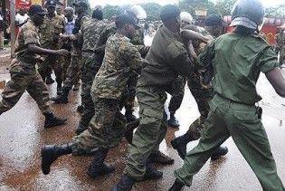 Поліція Гвінеї розстріляла 157 демонстрантів