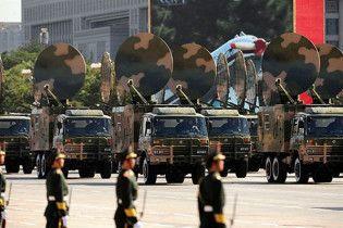 Китай оголосив про мирний характер своєї армії