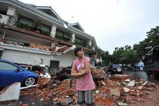 Кількість жертв землетрусів в Індонезії сягнула 1100 людей