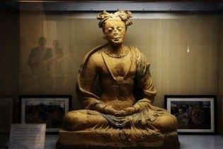 У Кабульський музей повернули експонати, які були викрадені за роки війни