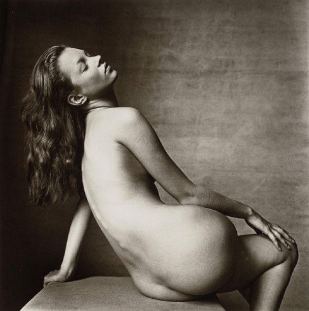 Помер головний фотограф Vogue Ірвін Пенн