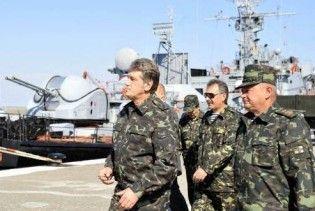 """Ющенко не підпише """"антивійськовий"""" бюджет Тимошенко"""
