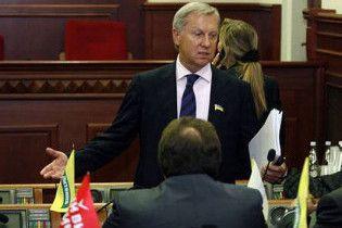 У Черновецького заперечують слідкування за зібраннями у школах