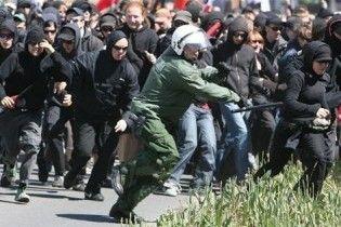 У Лейпцигу поліція розігнала демонстрацію неонацистів