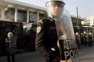 В Афінах невідомі обстріляли поліцейську дільницю