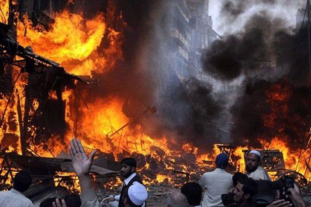 Кривавий теракт у Пешаварі