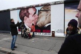 Горбачов, Коль та Буш-старший відсвяткують 20 річницю падіння Берлінської стіни