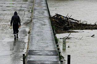 Повінь в Австралії ізолювала 5 тисяч людей від світу