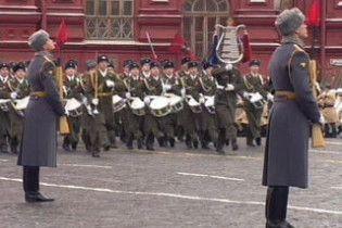 Молдова відмовилася брати участь у параді Перемоги в Москві