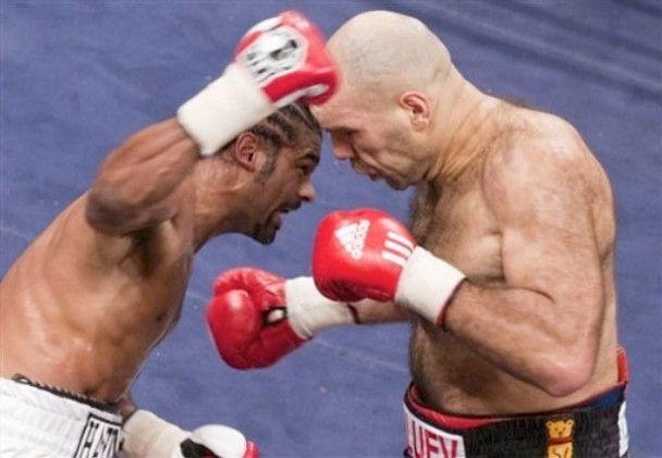 Боксерське шоу: Валуєв проти Хея