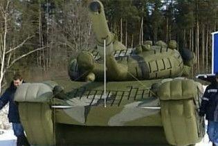 Російська армія візьме на озброєння надувну техніку