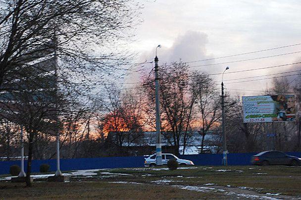 В Ульяновску горить склад боєприпасів