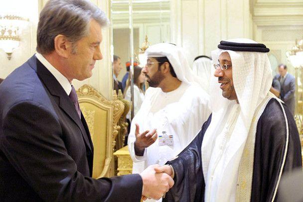 Віктор Ющенко прибув до ОАЕ на авіасалон