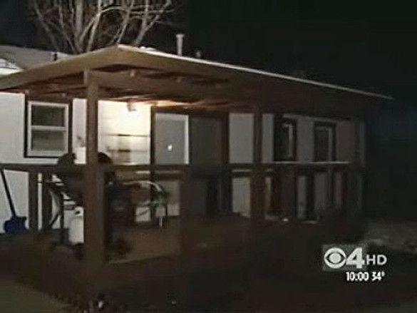 Крижана брила впала на дах будинку в Колорадо