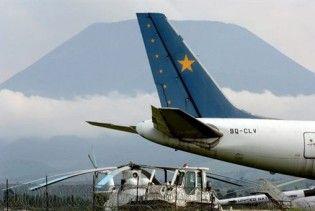 У Конго пасажирський літак приземлився на вулканічну лаву
