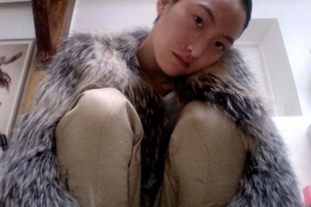 Відома модель Дол Кім повісилась в своїй квартирі