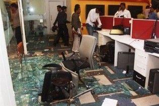 Натовп індусів розгромив офіс новинного телеканалу