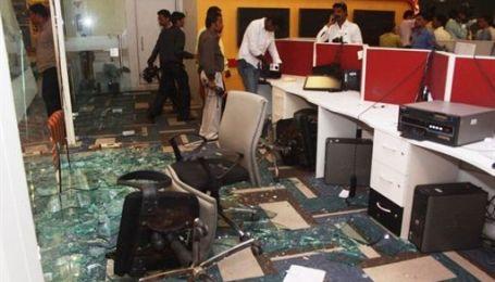 Натовп індусів розгромив офіс телеканалу