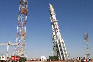Росія все ж запустила супутник з казахського космодрому