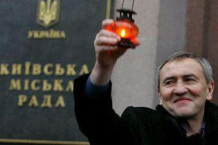 """Черновецький побажав українцям не обтяжувати """"окрилені душі"""""""