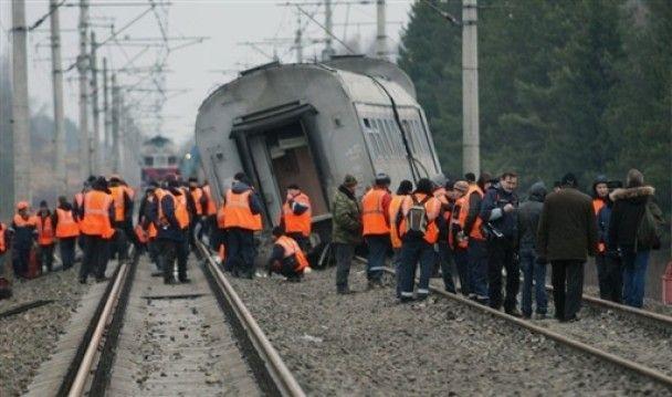 """Кількість жертв аварії """"Невського експреса"""" зросла до 30 людей"""