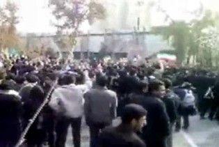 У Тегерані поліція розігнала демонстрацію опозиції