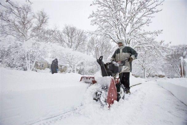 Жертвами сильних снігопадів у США стали 16 людей