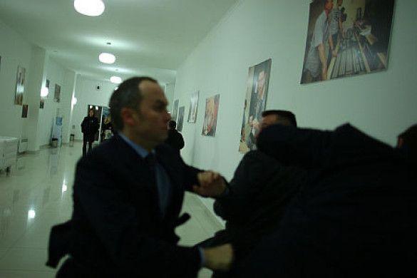 Бійка Шуфрича та Луценка