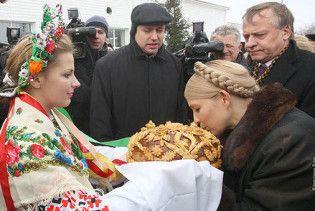 Тимошенко відмовилася у Криму розмовляти російською