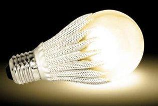 Британці замінять лампочки на шпалери, які випромінюють світло