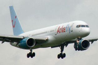 Голландський літак приземлився в Ірландії через загрозу вибуху