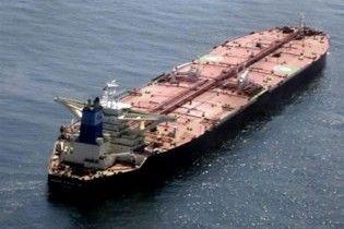 Пірати перестрілялися через рекордний викуп за танкер з українцями